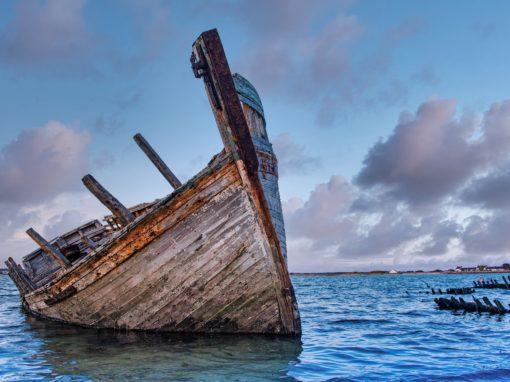Cimetière à bateaux en presqu'île de Gâvres