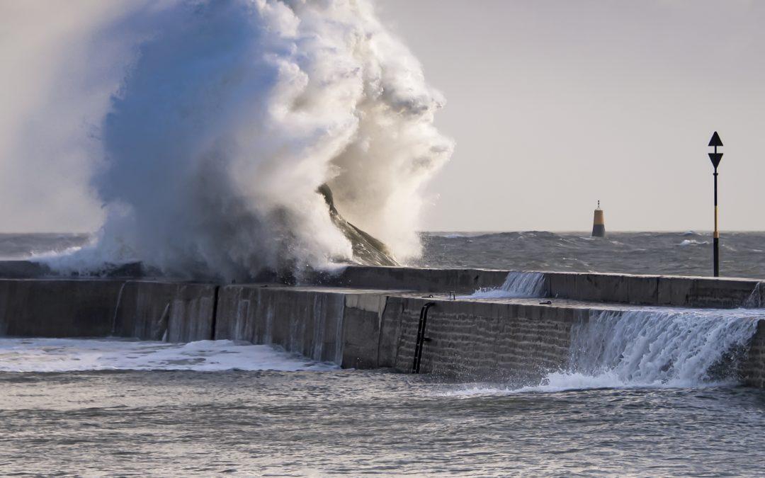 Tempête sur le port de Lomener